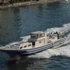 隅田川大橋をくぐる船