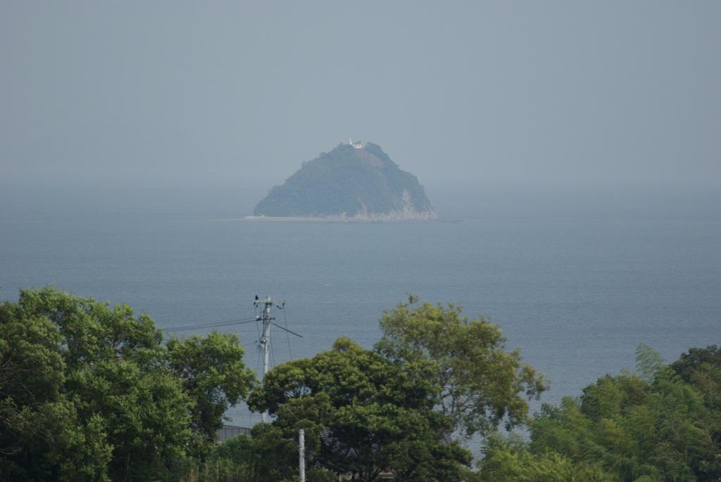 孤島の灯台