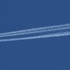 contrail 747-8