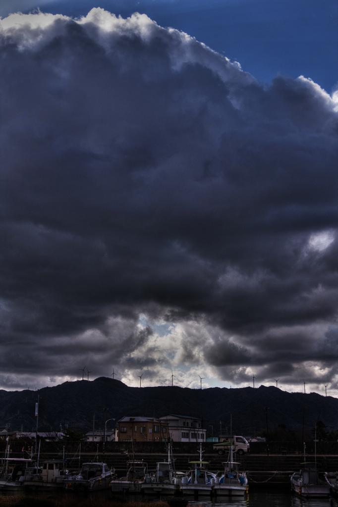 712天空の穴