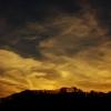 琥珀色の空