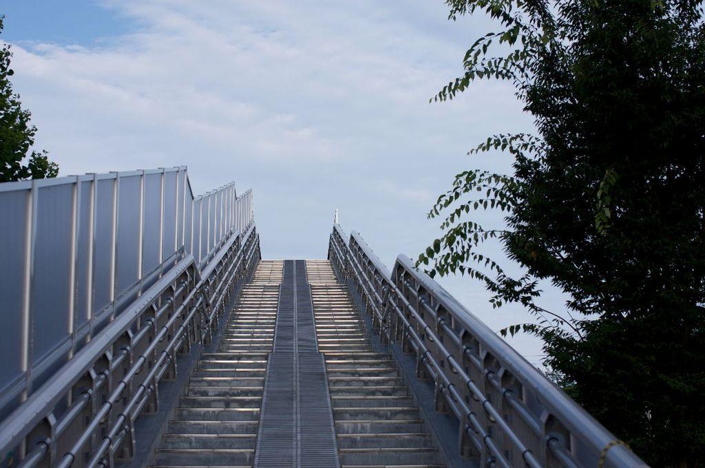 雲への階段