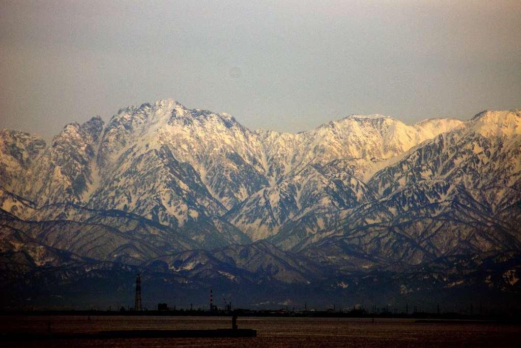 立山連峰の夕暮れ