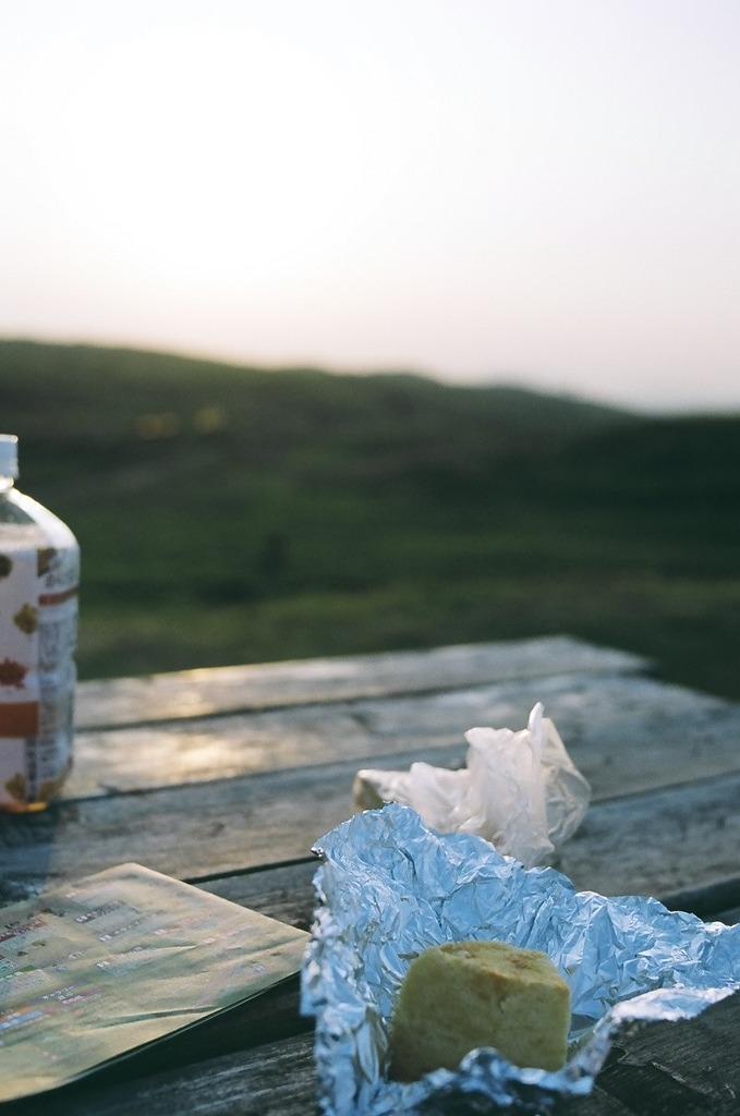 草原でシフォンケーキ