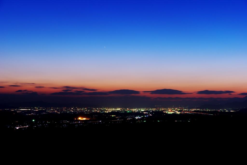 俵山の夕景