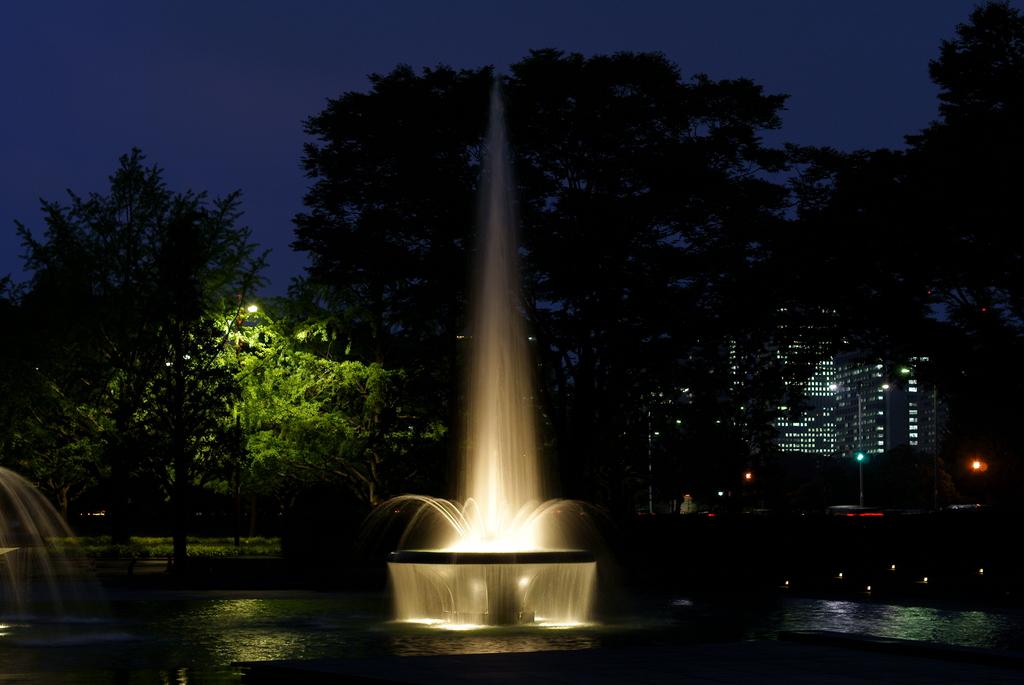 和田倉噴水公園 1