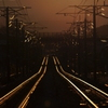 夕日に光る線路