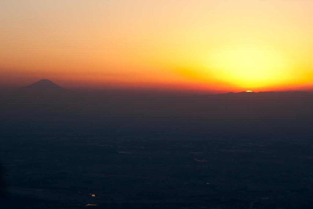 夕日と富士山