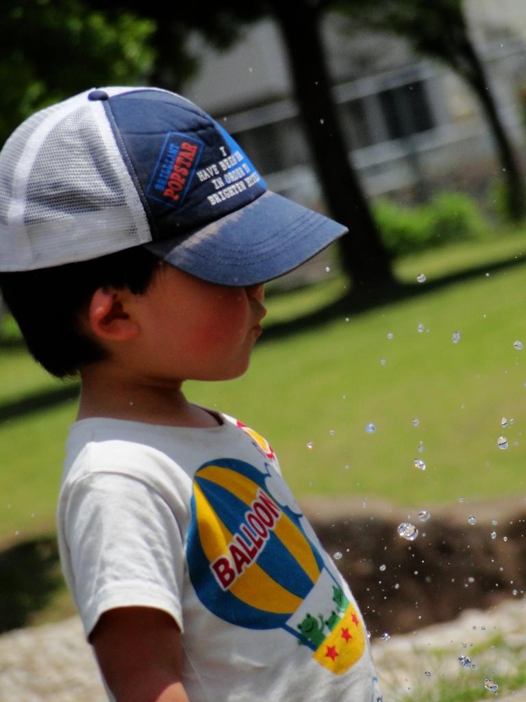 太陽×水遊び