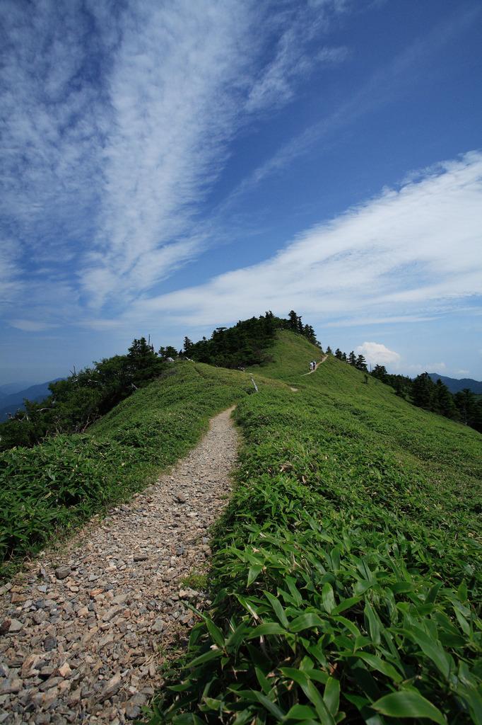 剣山(一の森へ)