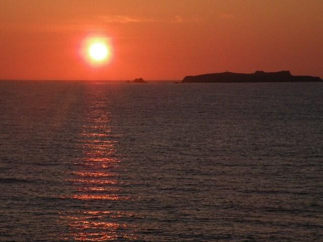礼文島から見た夕日