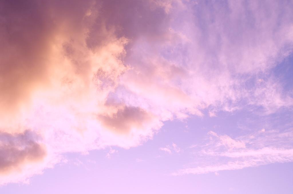 空を赤く染めて