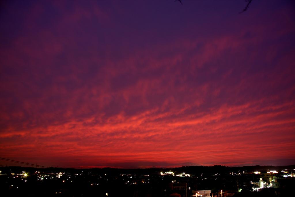 小さな町の夕焼け空