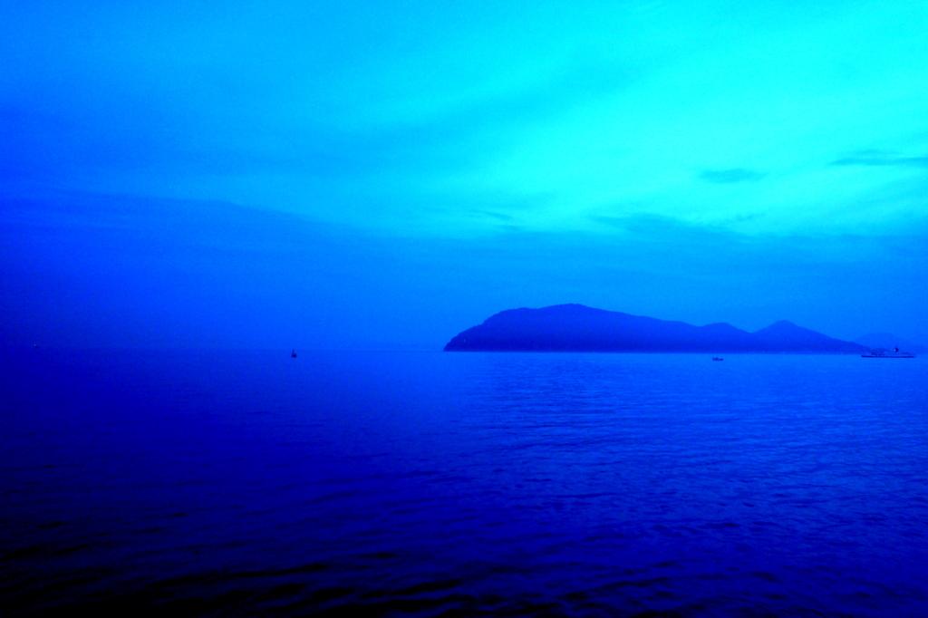 高松港夜明け前090713-05