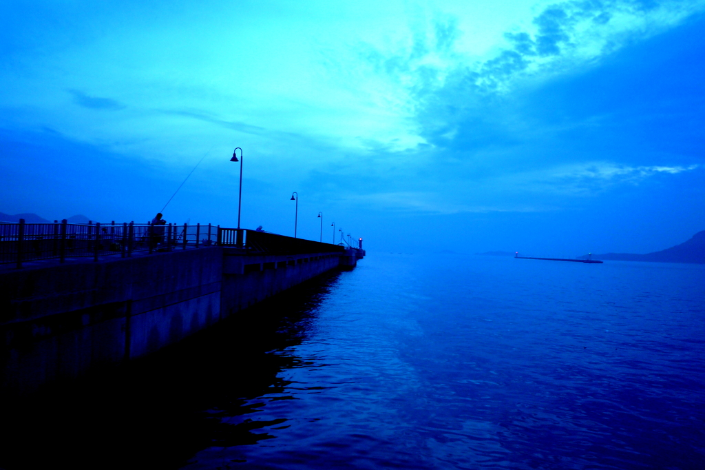 高松港夜明け前090713-06