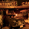 ANTIQUES CAFE