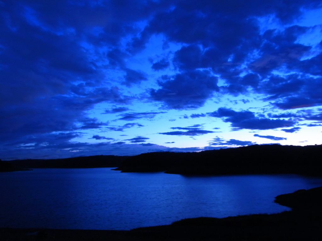 狭山湖と雲