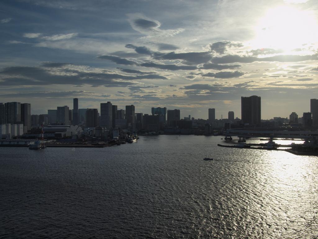 東京湾の夕焼け