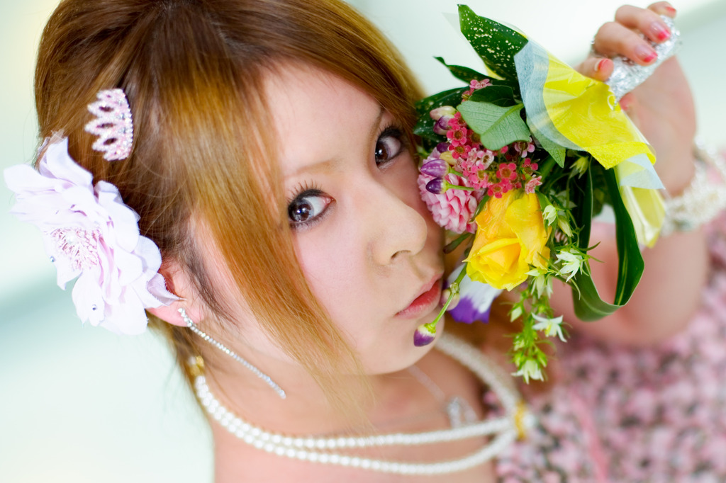 Face & Flowers