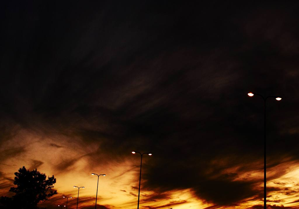 ハイウェイに陽は暮れて