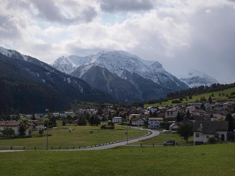 ミュスタイア村全景