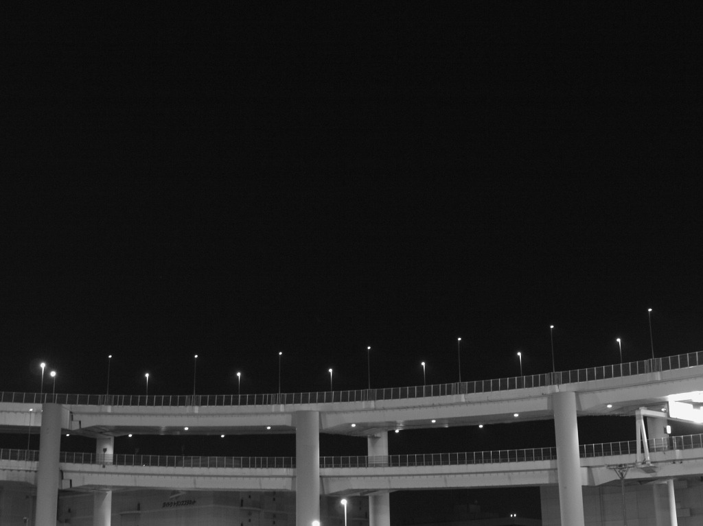 深夜、大黒PA