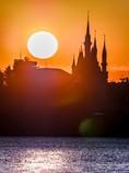 初日の出のシンデレラ城