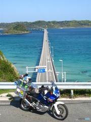蒼い空!碧い海!青いバイク!