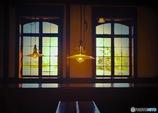 洋灯と硝子窓