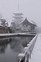 白銀の東寺