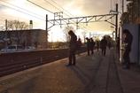電車を待つ間