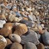 石、石、石