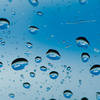 水滴大の青空