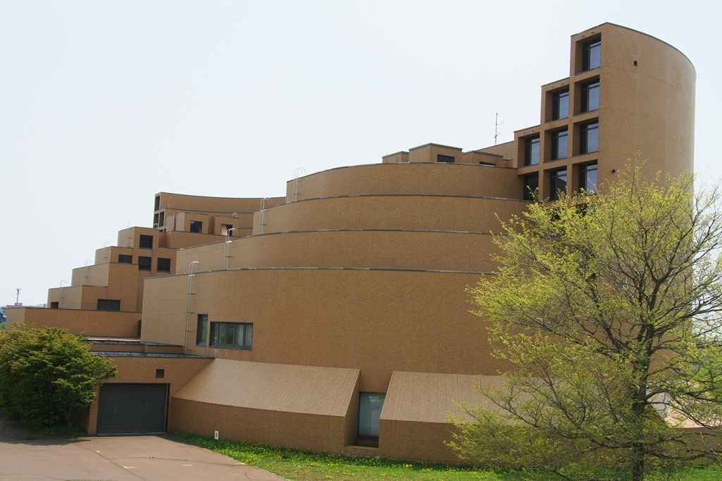 毛綱毅曠 釧路市立博物館