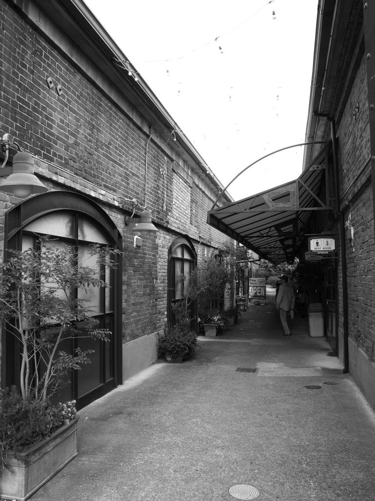 ハーバーランド レンガ倉庫1