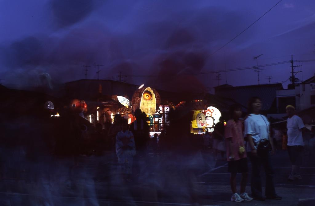 祭り(暗)