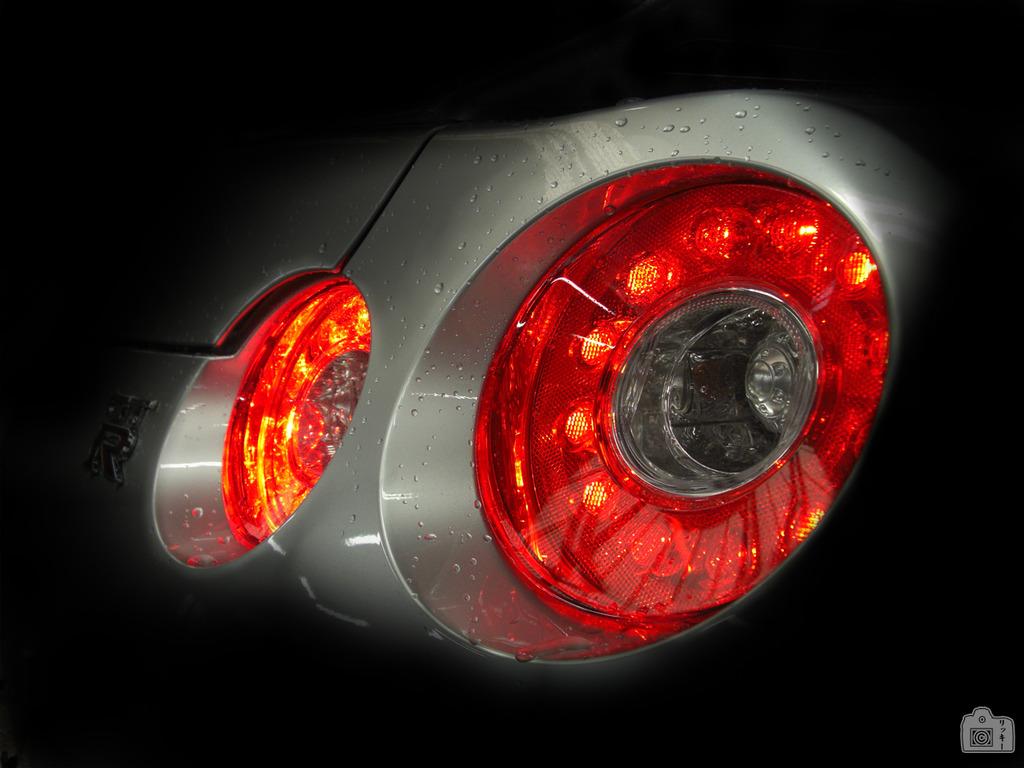 R35-GTR-lights