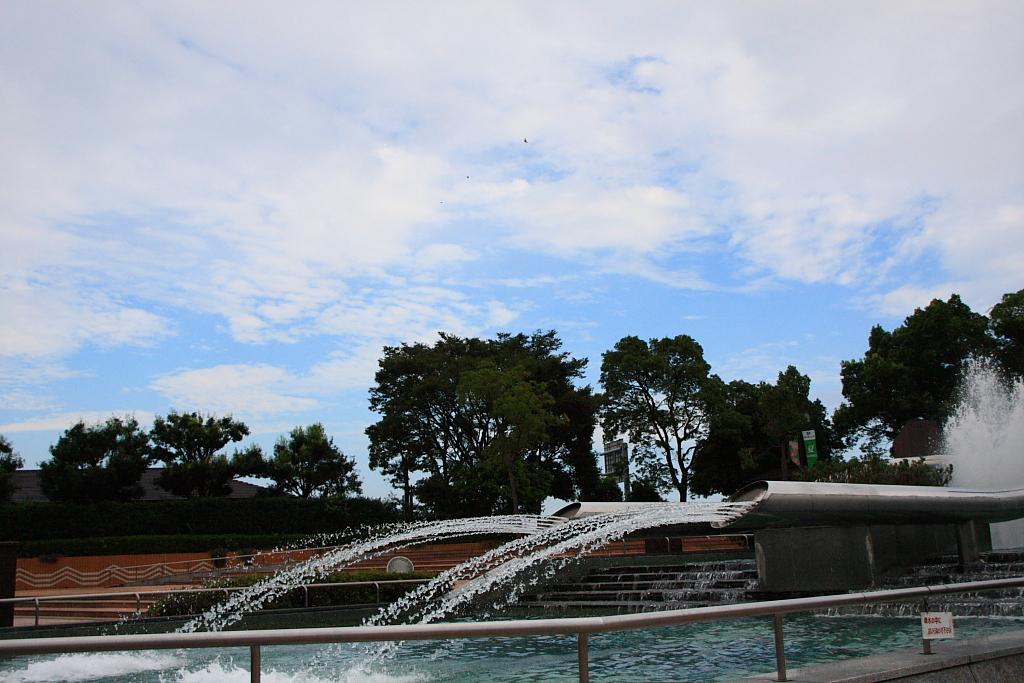 噴水と青空