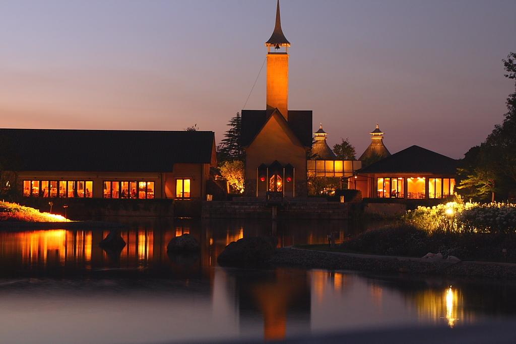 夕方の教会2