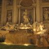 夜のトレビの泉