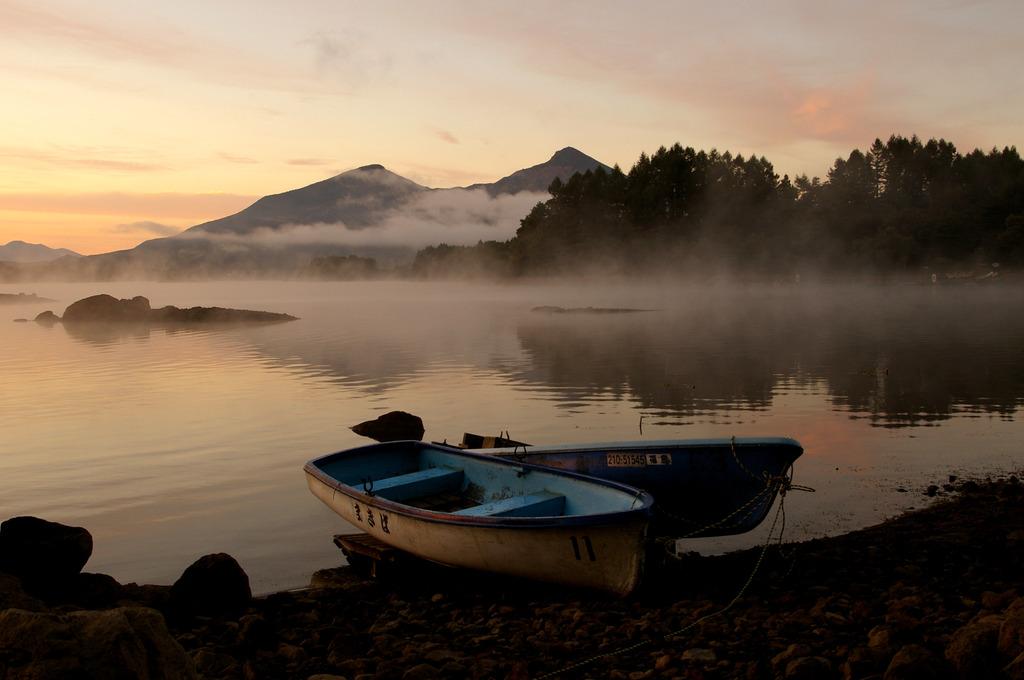 湖の夜明け④