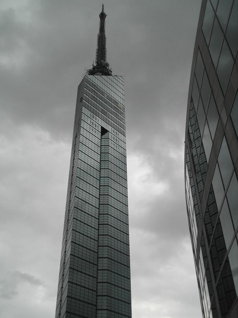 福岡タワー曇り