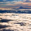 雲に浮かぶ
