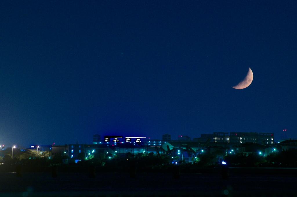 今宵の月をあなたに・・・