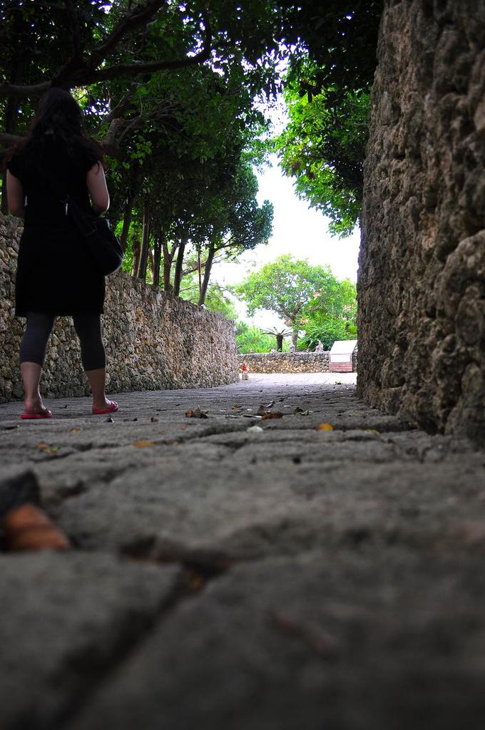 石畳を散歩