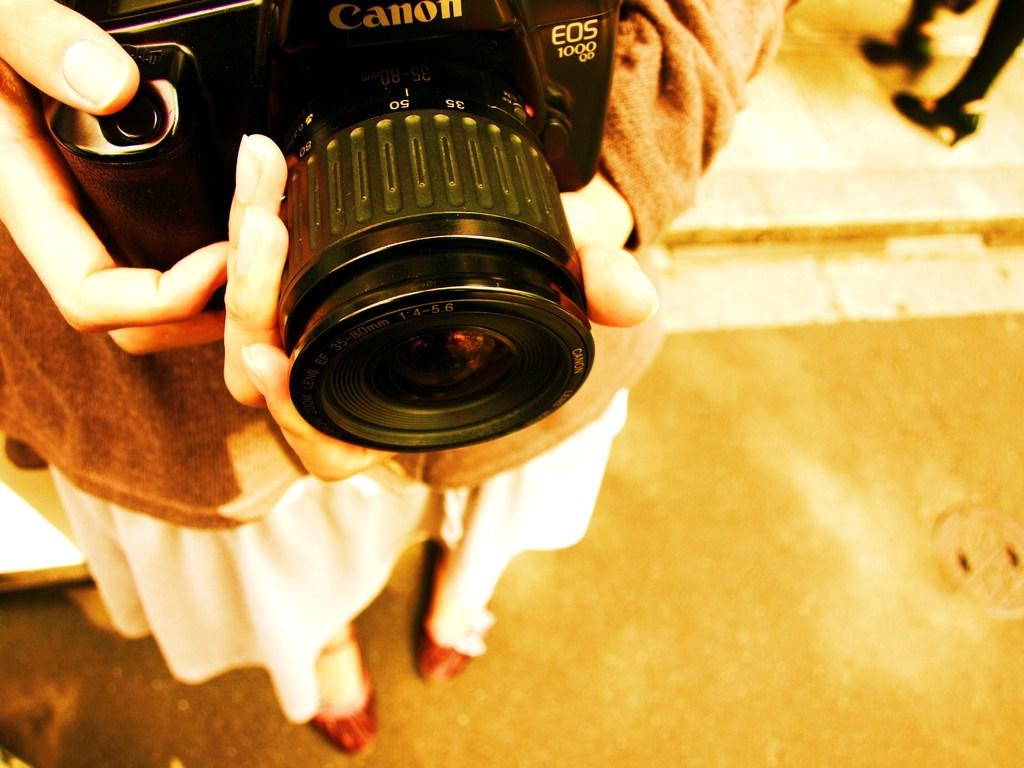 カメラ少女