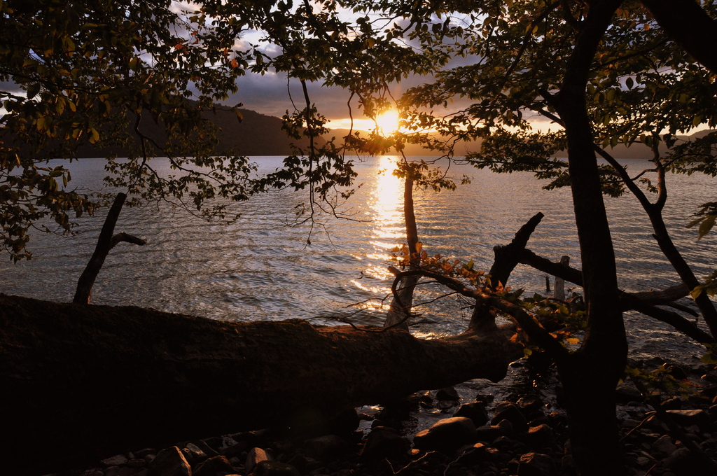 十和田湖の夕日