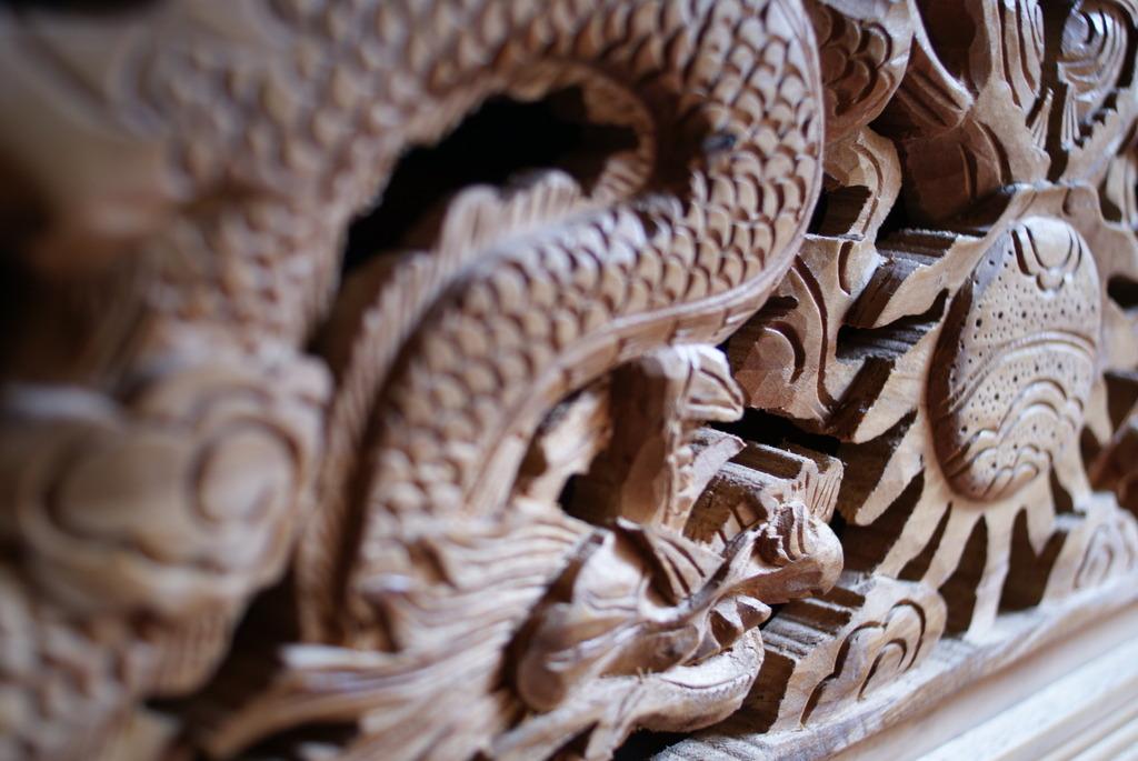 チベット族の彫り物
