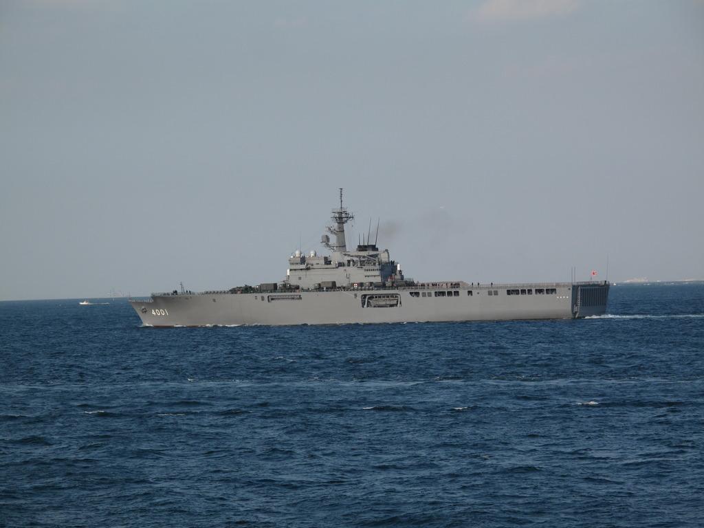 観艦式参加艦艇のリハーサル