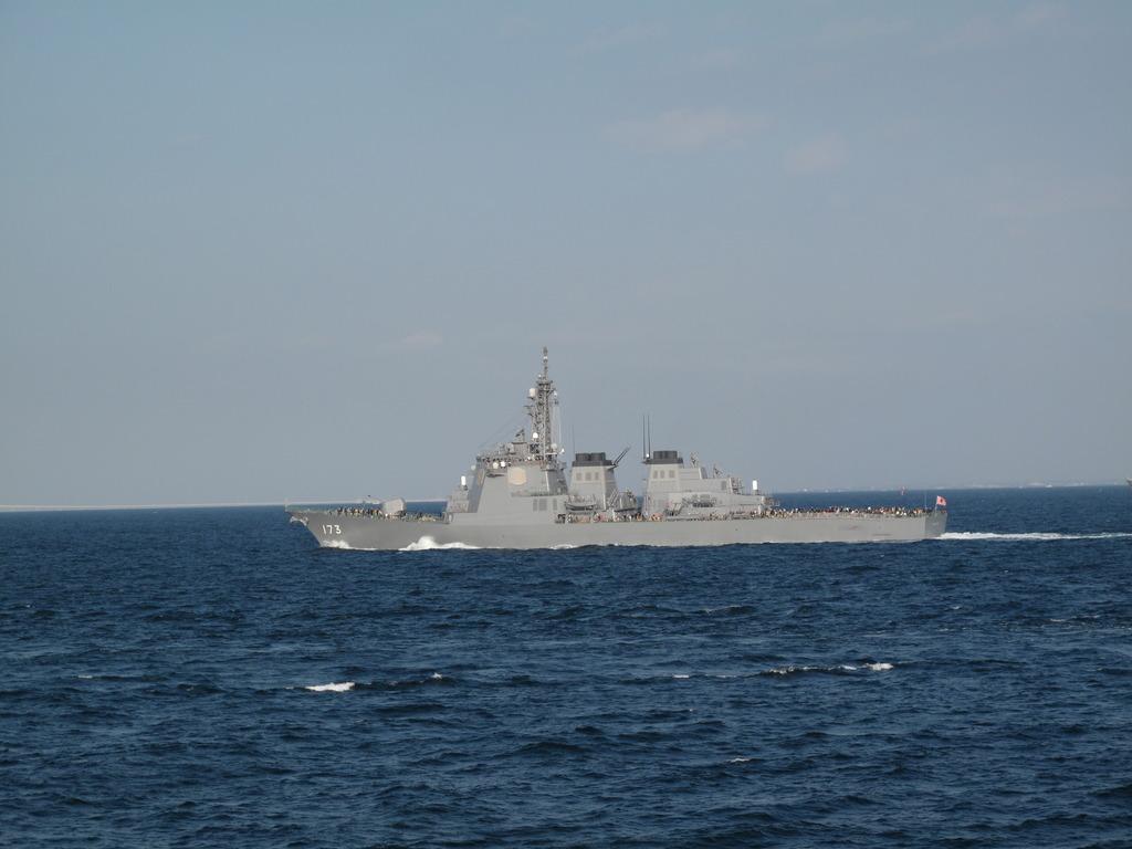 観艦式参加艦艇のリハーサル(3)